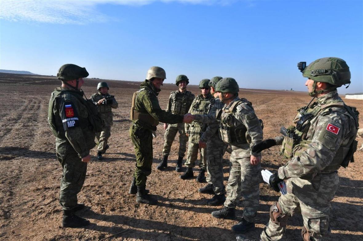 مرکز مشترک روسیه و ترکیه بر آتش بس ادلب نظارت می نماید
