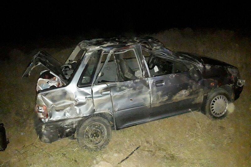 خبرنگاران واژگونی پراید در مهریز یک کشته و چهار زخمی بر جا گذاشت