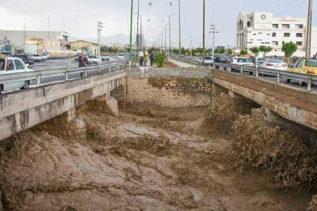 رگبار باران و هشدار بالا آمدن آب رودخانه ها در 10 استان