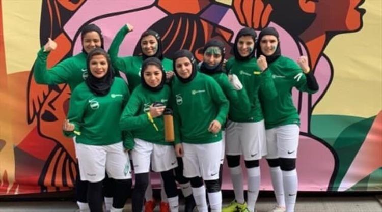 (عکس) رونمایی از لباس زنان فوتبالیست در عربستان