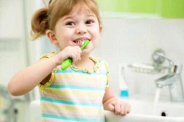 عادت هایی که دندان ها را خراب می کند
