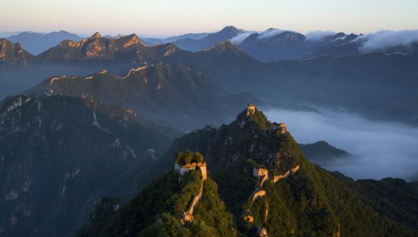 همه چیز درباره دیوار چین (عکس، تاریخچه، و طول دیوار عظیم چین)