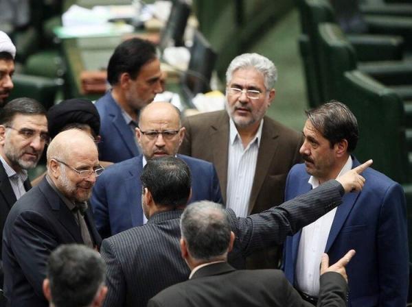 روزنامه جمهوری اسلامی: نمایندگان مجلس، خودشان را هم قبول ندارند